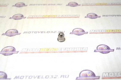 Гайка шпильки цилиндра (М6) 50-70см3