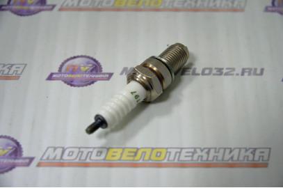 Свеча 4Т D8TC (NGK S-922)