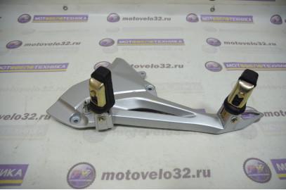 Подножка водителя и пассажира левая Stels Flex 250 б/у LU053080