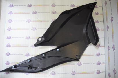 Щиток обл. боковой нижний левый не окрашенный Stels Flex 250 б/у LU053123