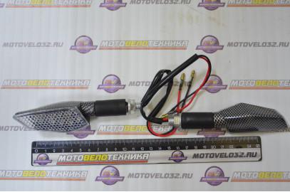 Указатель поворота светодиодный ромб карбон