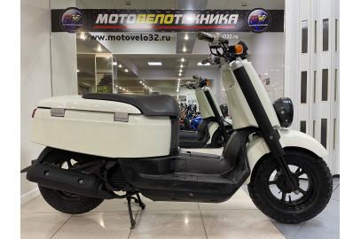 Скутер Yamaha Vox SA31J-104088