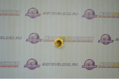 Ввертыш головки 4-х тактный двигатель